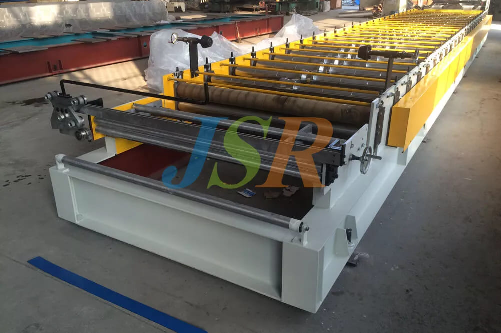 Roofing Sheet Forming Machine With Wall Structure
